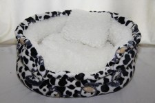 zc-dogbows-bed-black-white-cow-a