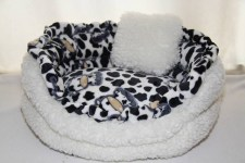zc-dogbows-bed-black-white-cow-b
