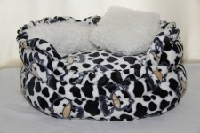 zc-dogbows-bed-black-white-cow