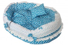 zc-dogbows-bed-blue-white-hearts-c