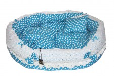 zc-dogbows-bed-blue-white-hearts