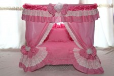 zc-dogbows-bed-pink-palace