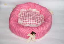 zc-dogbows-bed-polka-dot-pink-a